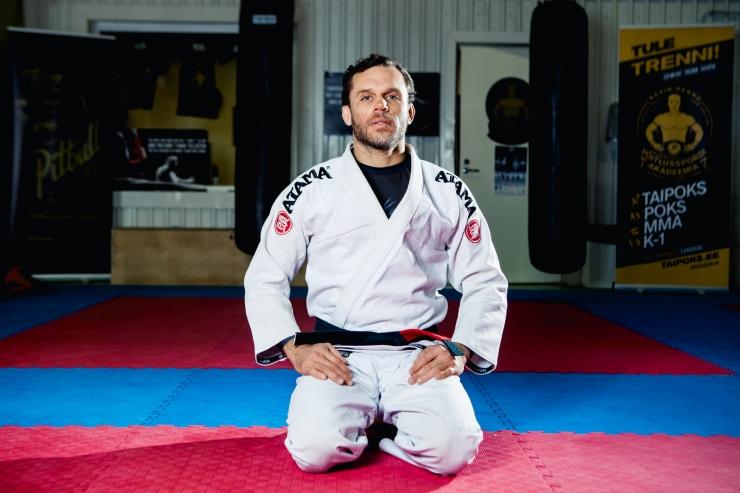 Brasiilia jiu jitsu treener Sergio de Andrade Cabral: trenni tulles tuleb ego ukse taha jätta