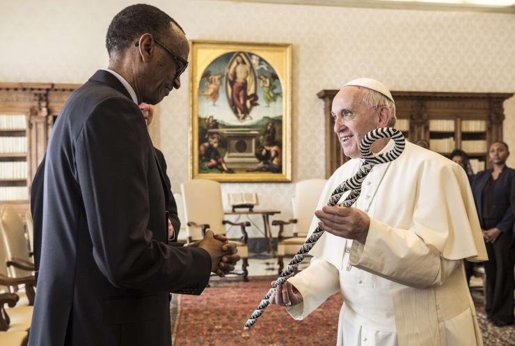 Paavst palus andestust kiriku pattude eest Rwanda genotsiidi ajal