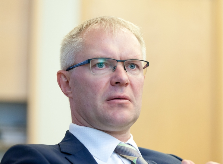 Hanso: Gruusia peab jätkama NATO standarditele lähenemist