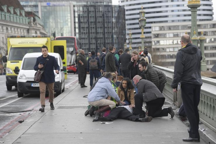 Briti politsei arvates oli Londoni rünnak seotud islamiterrorismiga