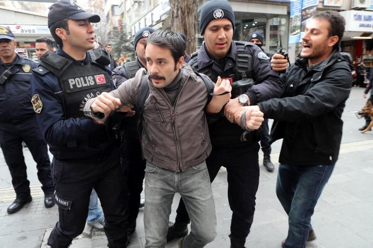 Norra andis Türgi ohvitseridele poliitilise varjupaiga