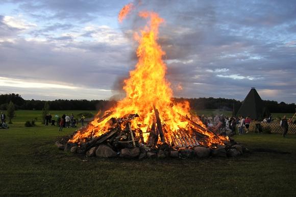 Päästjad: lõkke tegemisel tuleb arvestada tuleohutusnõuetega