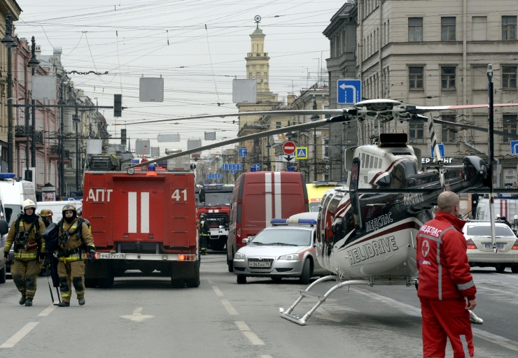 Meedia: Peterburi metroos hukkus plahvatuses vähemalt 10 inimest