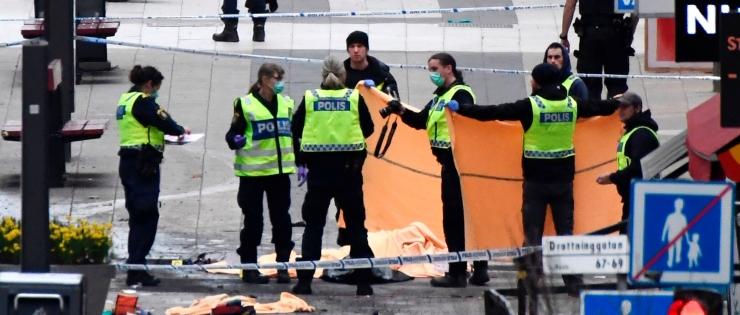 Eestlanna Stockholmis: olime ühes keldripoes peidus, mõned olid täiesti hüsteerias