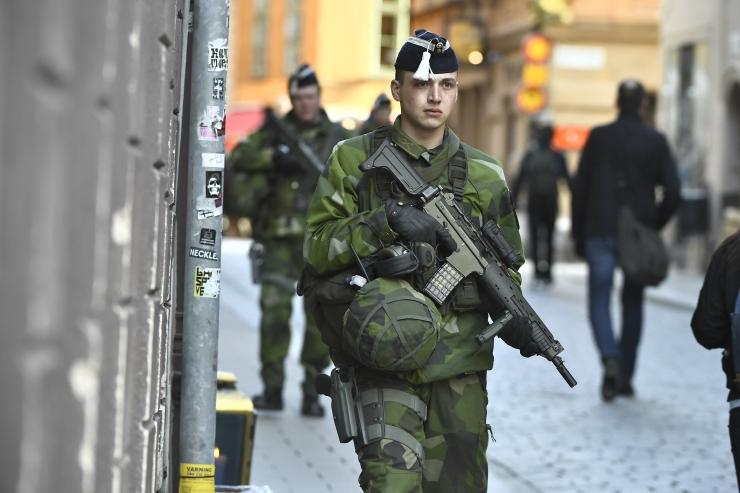 Rootsi politsei peab kinnipeetut rünnakuauto juhiks