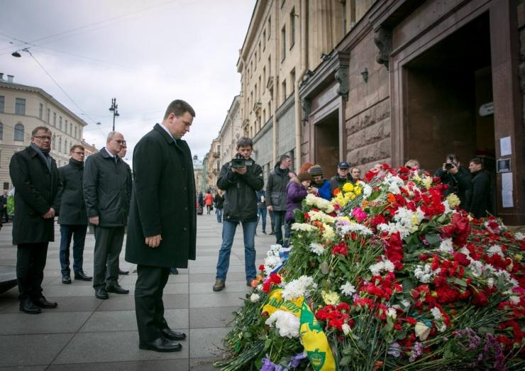 Ratas Peterburi rünnakupaigas: süütute inimese tapmisel pole mingisugust õigustust