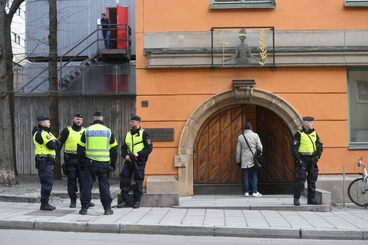 Advokaat: Stockholmi veokirünnakus kahtlustatu tunnistab end süüdi