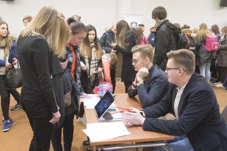 FOTOD ja VIDEO! Noorte töömess viis kokku kooliõpilased ja tööandjad