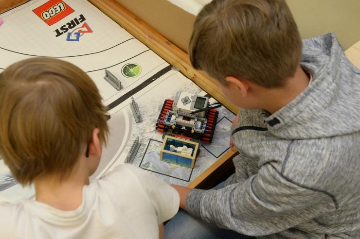 Koolid ja lasteaiad saavad robootikaseadmete ostmiseks toetust