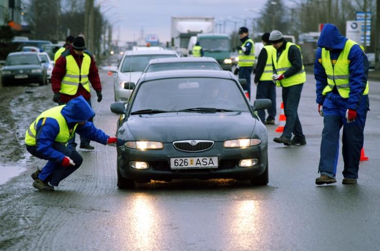 Liiklustalgutel vesteldi üle 800 juhiga ning karistati 231 juhti