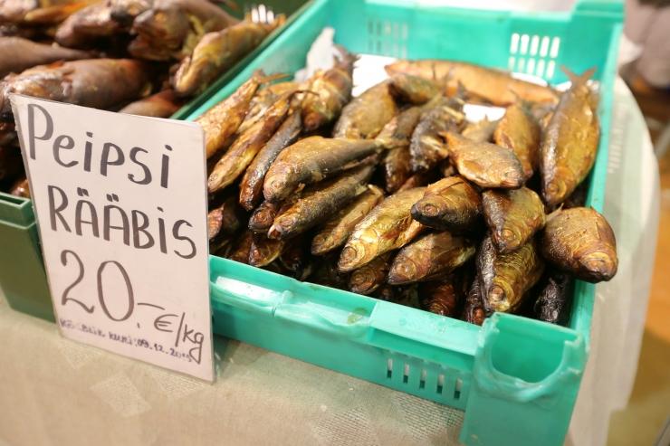 Kalafestival meelitab  ahjus valminud lutsuga