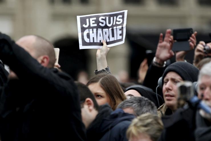 Pariisi 2015. aasta terrorirünnakutega seoses peeti kinni 10 inimest
