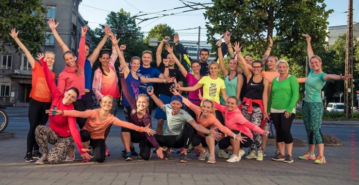 HOMME! Tallinna noorte tervisesarja pop-up-treeningus tehakse nullkulu trenni