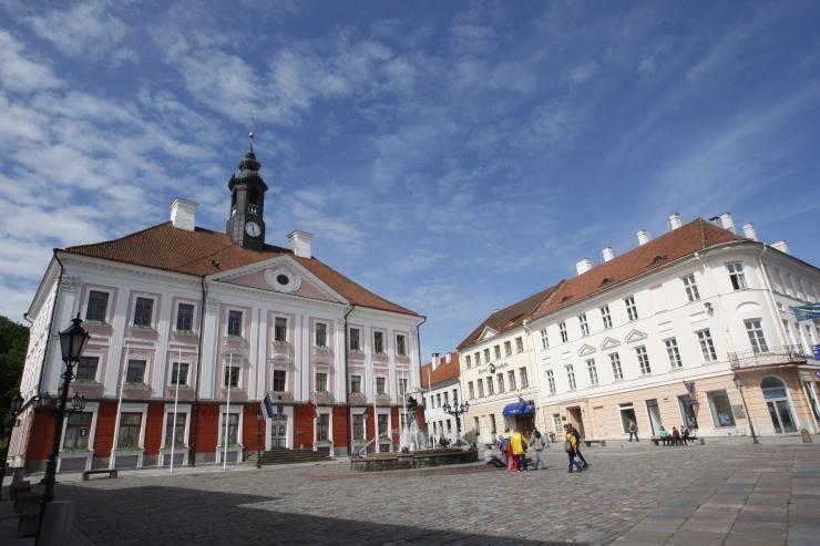 Tartu palkab linna suunatud pagulastele ametniku