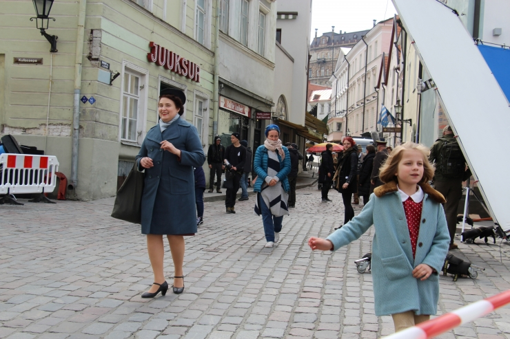 GALERII! Vaata, kuidas Raekoja platsil taaselustati 1950. aasta
