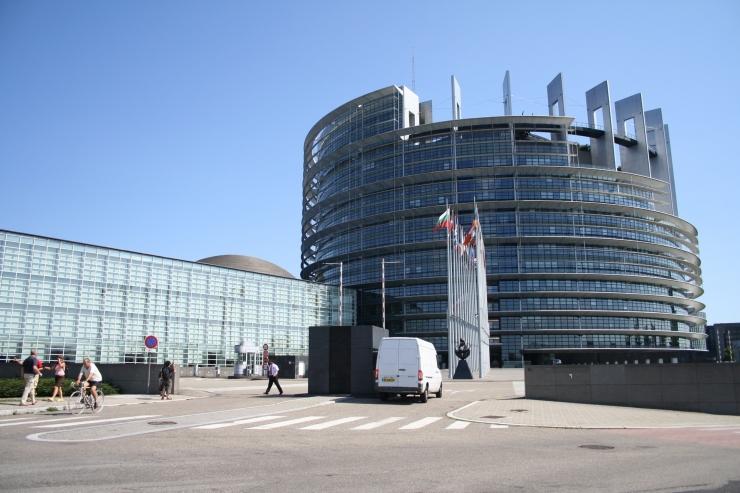 Euroopa Parlament kutsub üles kiirendama pagulaste ümberpaigutamist