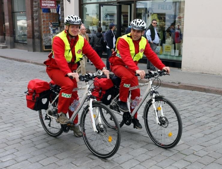 Tallinna kesklinnas töötab ka sel suvel kiirabi jalgrattapatrull