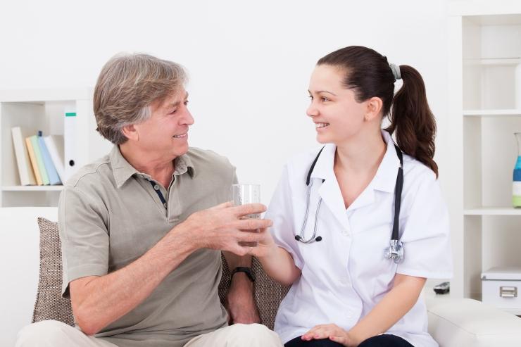 Alkoholi liigtarvitajaid hakkab sõeluma 11 uut perearstikeskust