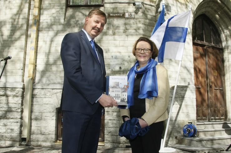 FOTOD! Kesklinna valitsuse maja sai Soome riigi mälestustahvli