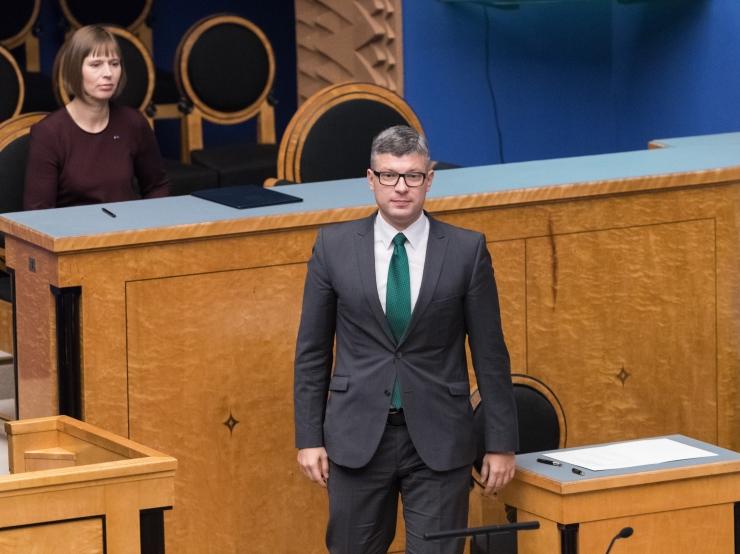 Korb astus NATO-teemaliste kommentaaride tõttu tagasi
