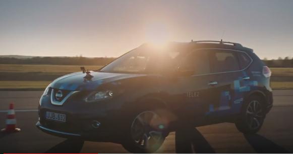 VIDEO: Leedu teadlased leiutasid interneti kiirusel sõitva auto
