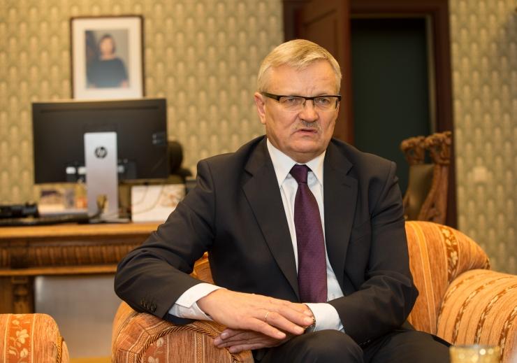 Maaeluminister Tamm osaleb Riias sigade Aafrika katku kohtumisel