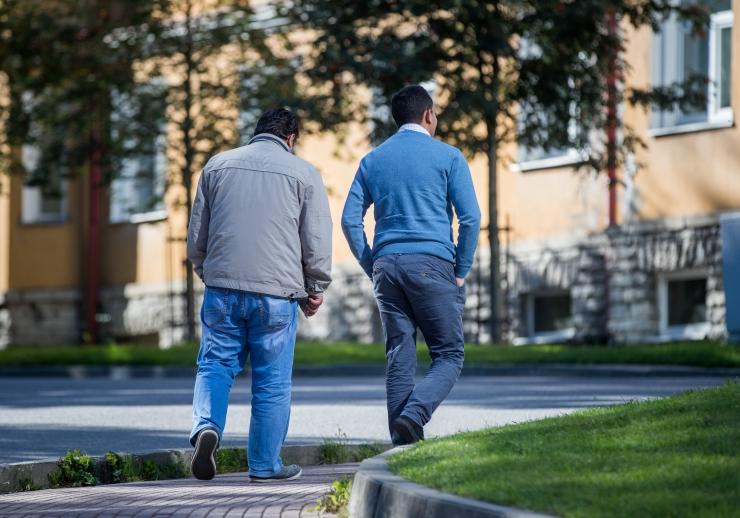 Kaks Põlvasse paigutatud pagulasperet sõitsid Saksamaale