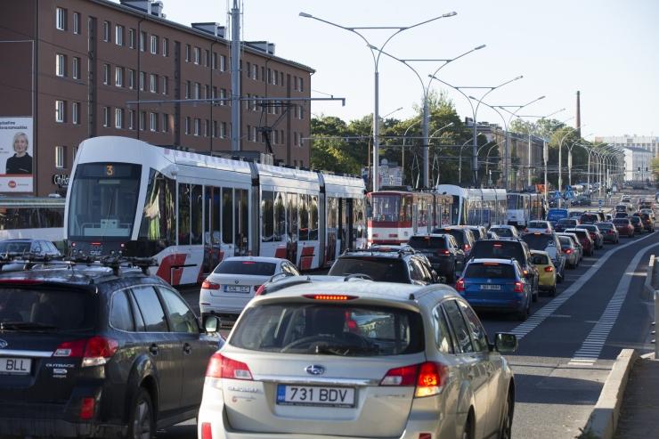 Soomlased saavad täna Tallinna ühistranspordis tasuta sõita