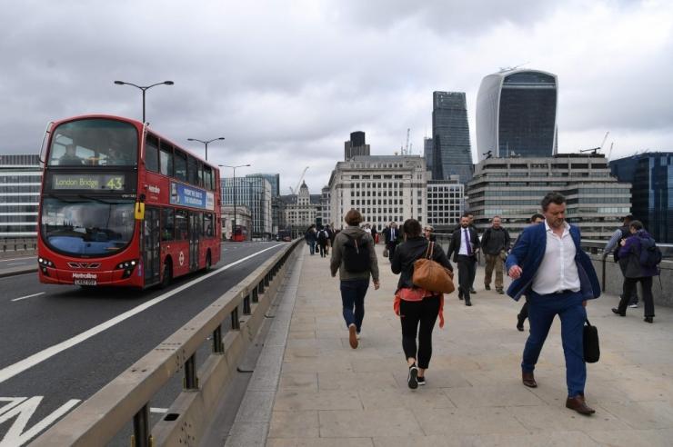 Londoni ründajad püüdsid rentida suuremat veokit