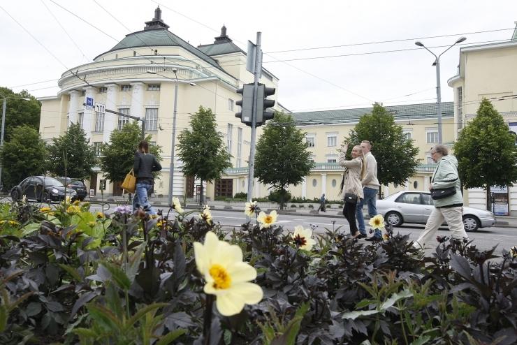 Jaak-Adam Looveer: Tallinna peatänaval järgib kogu transport jalakäijate reegleid