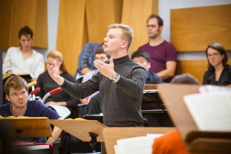 Tallinna Kammerkoori uueks peadirigendiks saab Benjamin Kirk