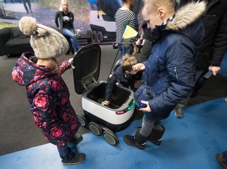 Savisaar: robotliikurite ja sõidujagamisteenuse seadused käivad tehnoloogia arenguga kaasas