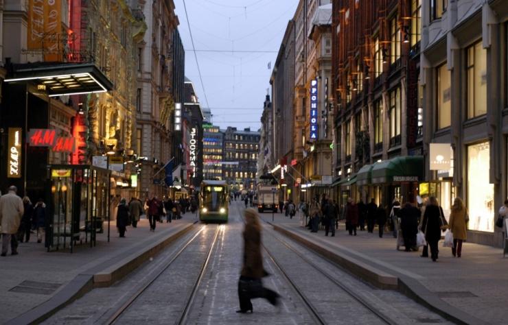 Helsingis avatakse sügisel isejuhtiva bussi regulaarliin