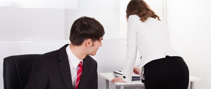 ÜLIKOOLI LEKTOR: Mõni ülemus eeldabki, et alluv peab palgatõusuks temaga magama