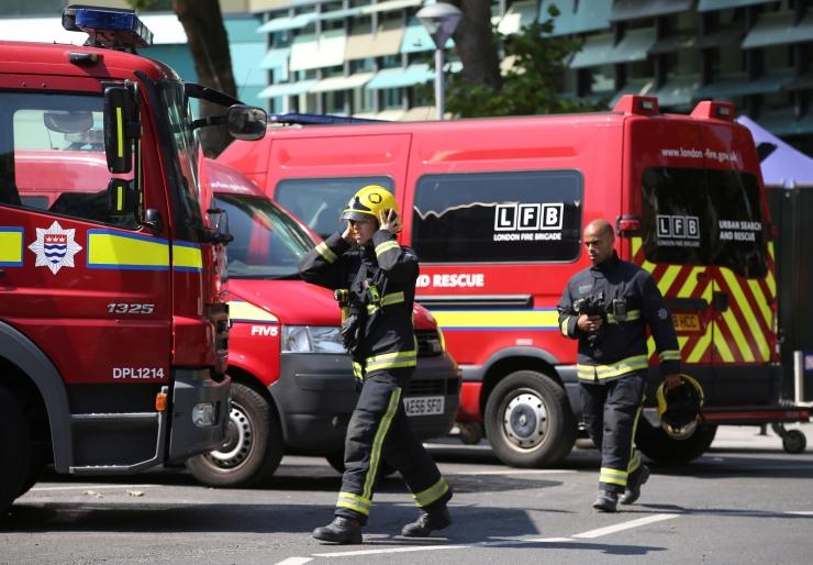 Politsei: Londoni põlengus hukkus või jäi kadunuks 79 inimest