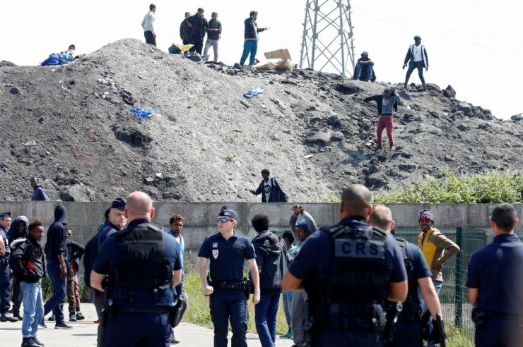 Migrantide teetõke põhjustas Calais´s ohvriga liiklusõnnetuse
