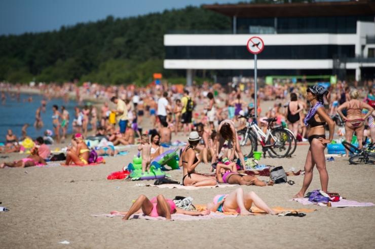 Tallinna randades saab rannavalvelt taas küsida lastele randmepaelu