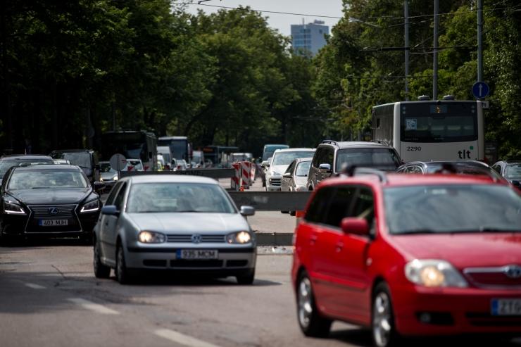Liiklus Tallinnas on eesistumise tõttu kohati umbes