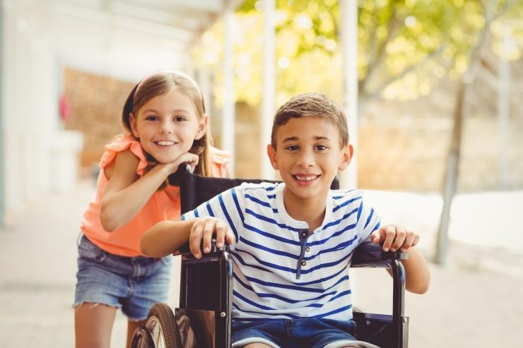 Raske ja sügava puudega laste pered saavad hoiuteenust