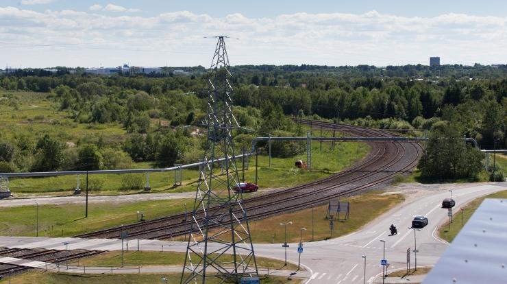 Raudtee-ettevõte kaalub reostunud pinnase teisaldamist