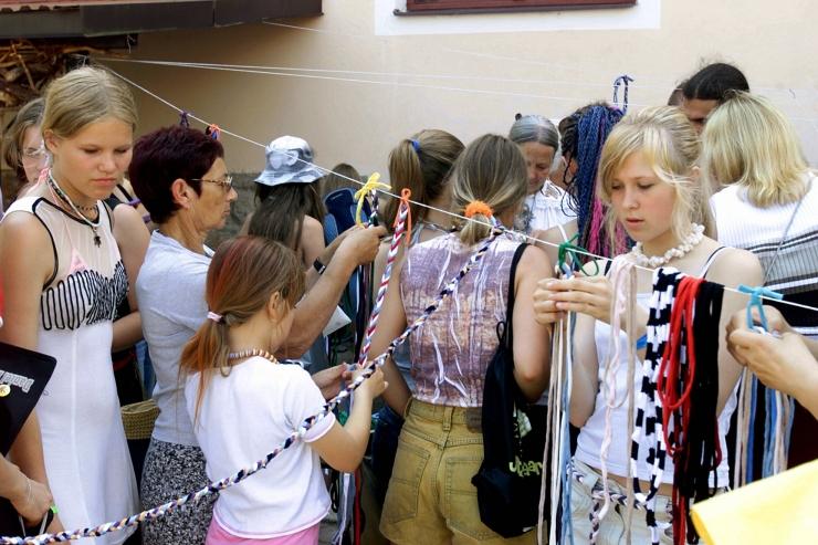 Väliseesti noorte pärimuskultuuri laagrist võtab osa 26 noort