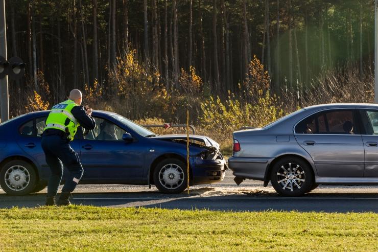 Väiksemate liiklusrikkumiste menetlus võib minna omavalitsustele