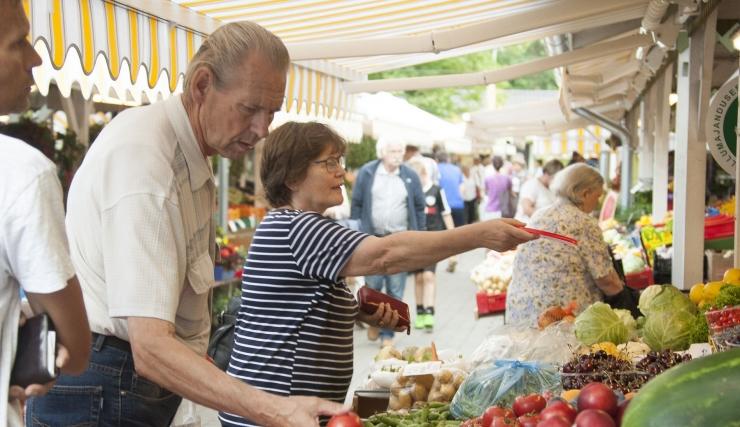 LINLASTE RÕÕMUKS: Tallinna turud saavad värskema ilme