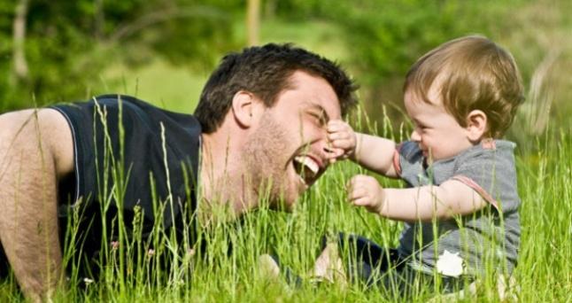 Lastekaitse liit kahtleb isade osaluse tõusus laste kasvatamisel