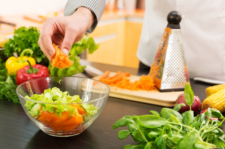 Rootsi onkoloog annab Tallinnas loengu taimse toitumise tervisemõjudest
