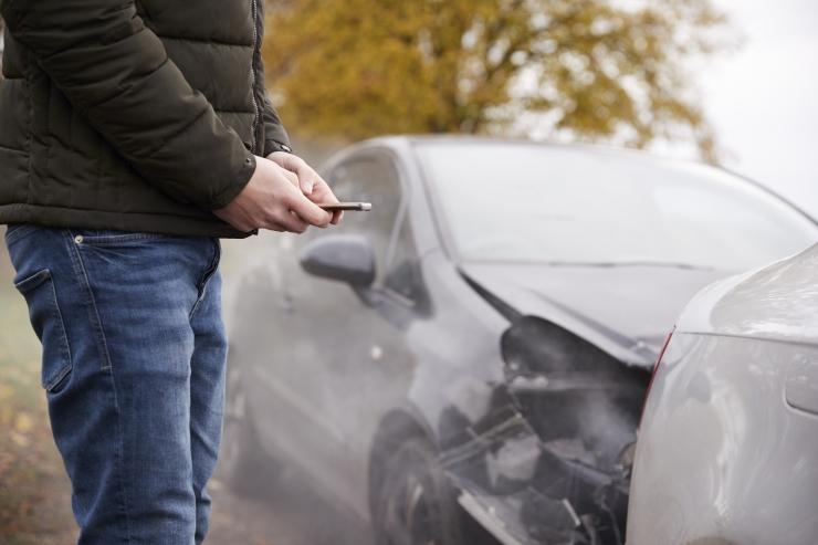 AMTEL: avariiliste autode tehnilise ülevaatuse kehtivus tuleb peatada