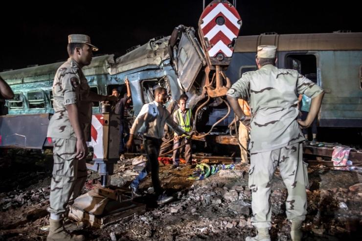 Egiptuse võimud karistasid rongiõnnetusest pilte postitanud meedikuid
