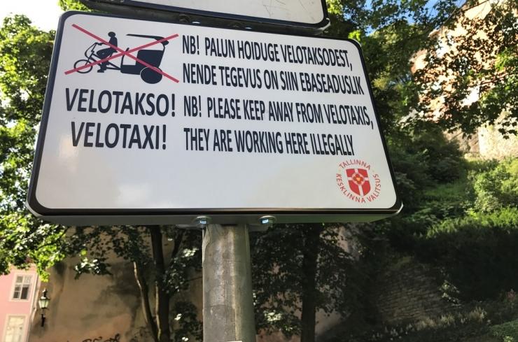 Vanalinn sai velotaksode hoiatusmärgid