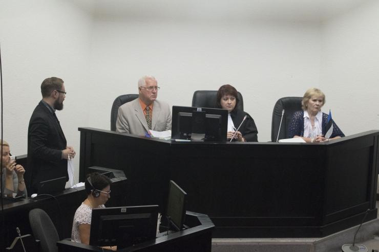 Kohus kuulab Savisaare protsessil täna esimest tunnistajat
