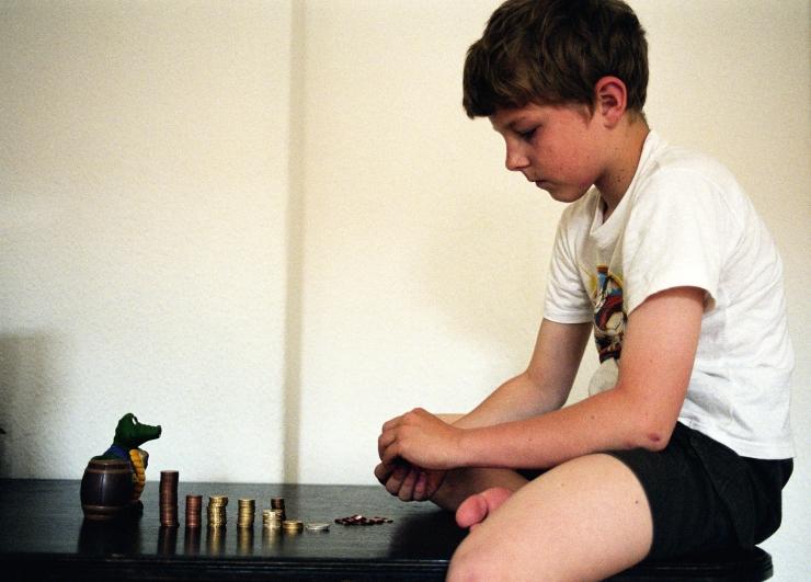 Vaid igas viiendas Eesti peres õpetatakse lastele, kuidas taskurahaga ümber käia
